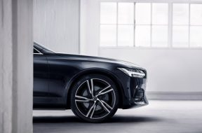 193006_Volvo_S90_R_Design_Location
